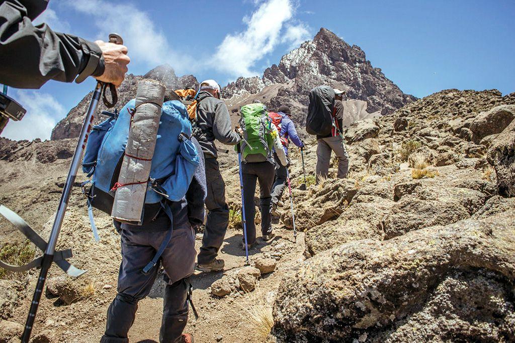Aklimatizace výstup na Kilimandžáro