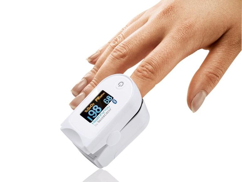 Pulsní oxymetr měřící koncentraci kyslíku v krvi