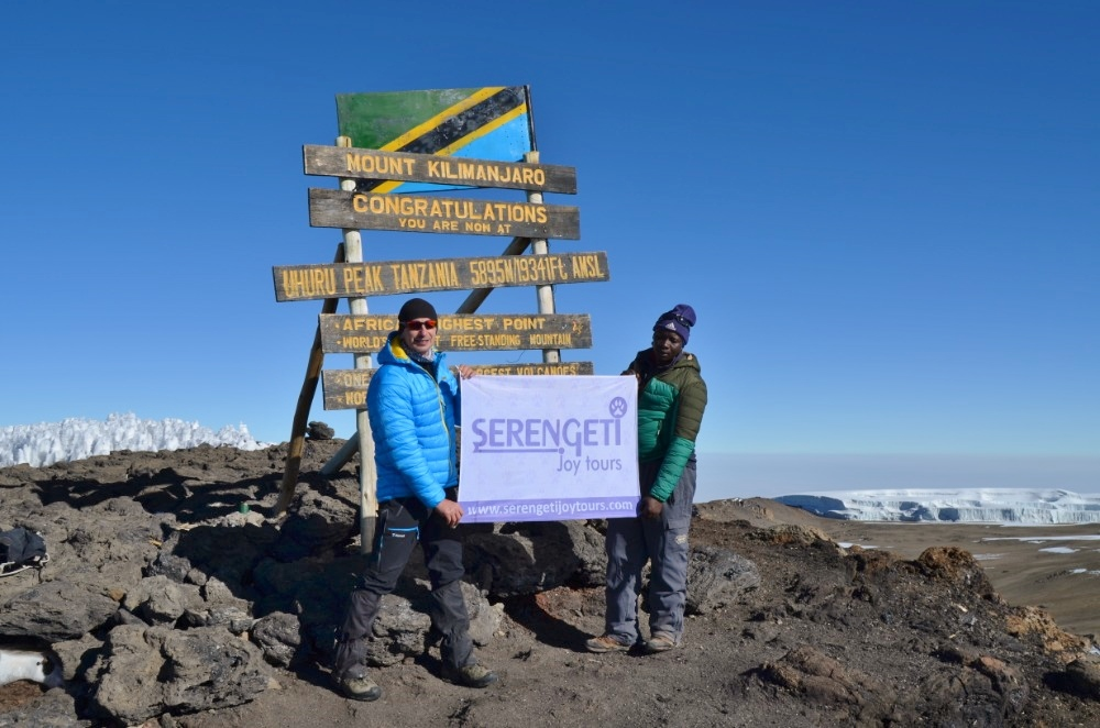 Výstup na Kilimandžáro se Serengeti Joy Tours