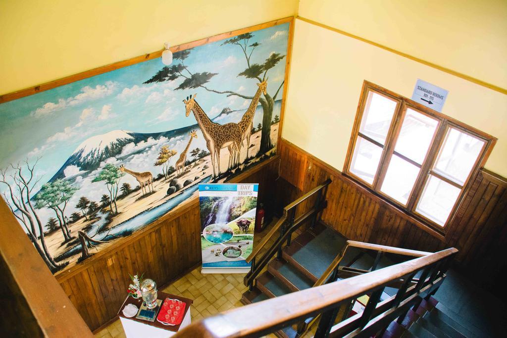 Hotel slouží jako základna pro výstup na Kilimandžáro
