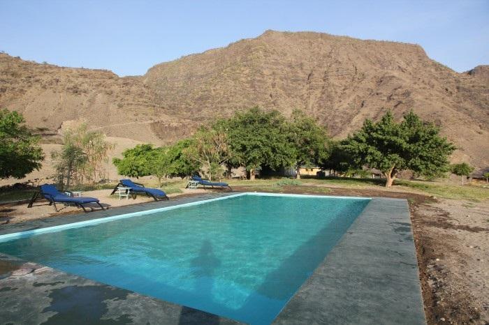 Bazén v areálu Lengai Safari Lodge